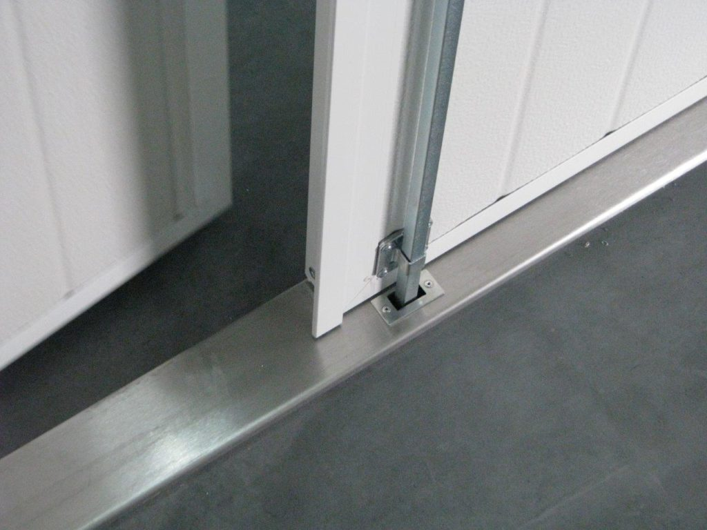 Stainless steel threshold