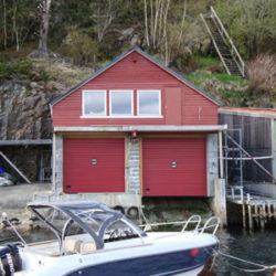 Boat garage door