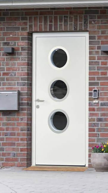 Ryterna front door with portholes