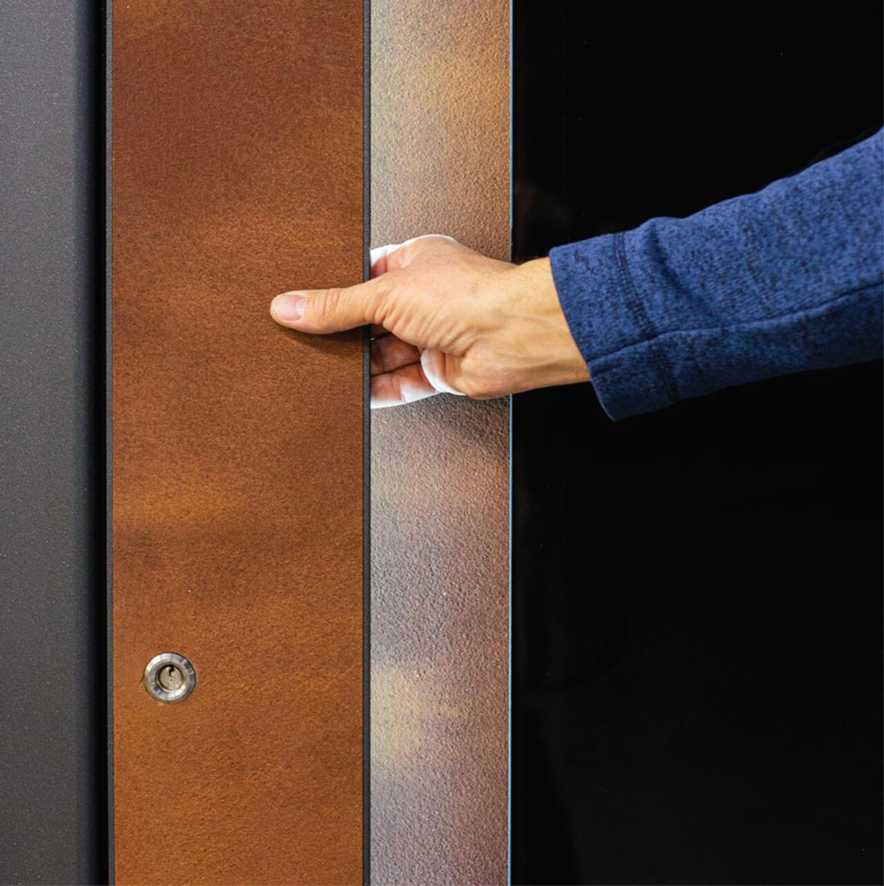 Inlay handle
